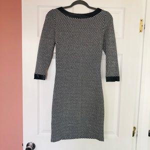 Dresses & Skirts - Black/White Patterned Dress